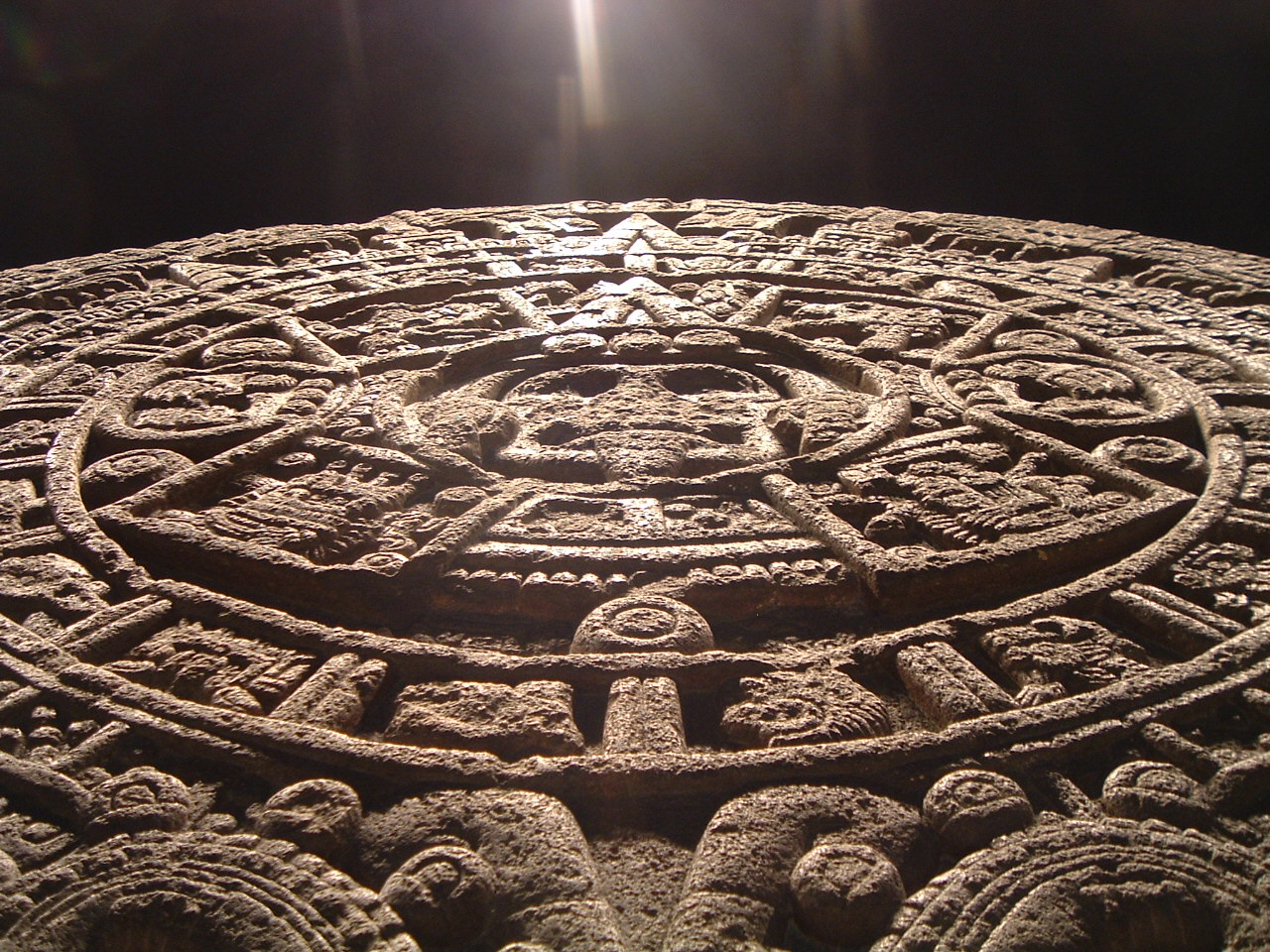aztec calendar stone Rosetta stone is fine, it probably works for some people, but it's also a huge  waste of money please, if you were planning on buying rosetta.